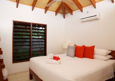 Vanuatu Villa-Luxury Bedroom for 2