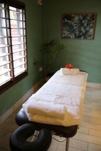 Vale vale massage table
