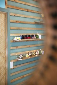 Vale vale nail section